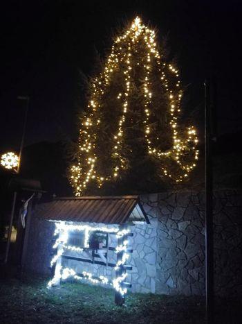 Prižig lučk in pohod z laternami v Bašlju