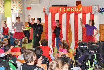 CIRKUS CIRIUS - obiskali so nas Rdeči noski