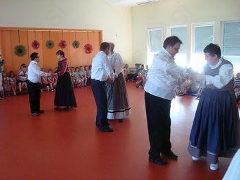 Nastop folklorne skupine v Vrtcu Šentilj