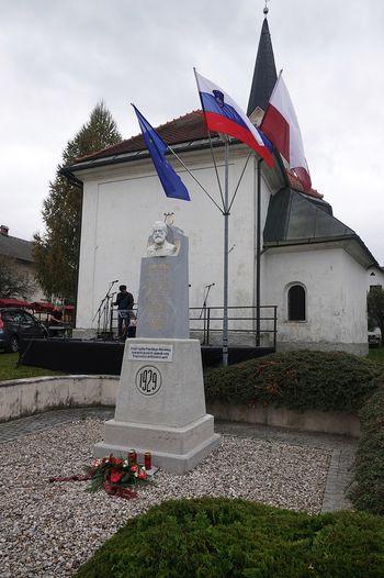 Člani Društva Simon Jenko Temnica so se udeležili proslave 150-letnice smrti Simona Jenka