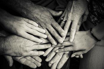 Izobraževanja prostovoljcev-družabnikov ljudem z demenco