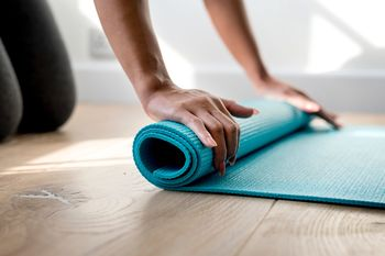 Sprostitvena joga