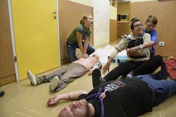 Mladi koroški taborniki oskrbeli množično nesrečo na OŠ Brezno