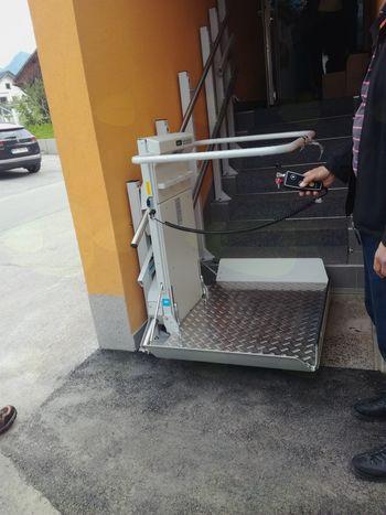 Dostopa za invalide v Podružnični šoli Kokra in v Vrtcu Čriček na Zgornji Beli