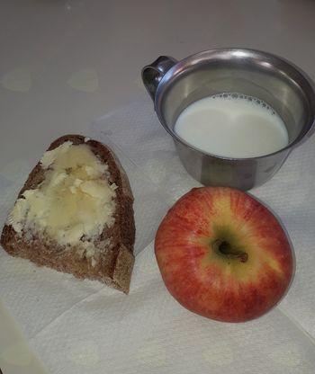 Tradicionalni slovenski zajtrk v preddvorski šoli in vrtcih