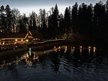 19. potop božičnega drevesca v Preddvoru