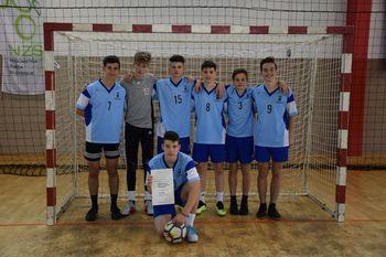 Šolska nogometna ekipa starejših dečkov dosegla izjemen rezultat