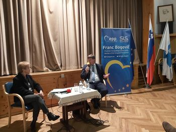 Popravek prispevka Učna ura evropske politike, pogovor z evropskim poslancem Francem Bogovičem