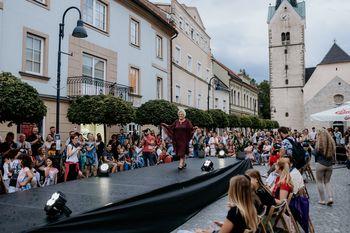 Izjemno uspešna in všečna Modna revija lokalov mestnega jedra Slovenj Gradca