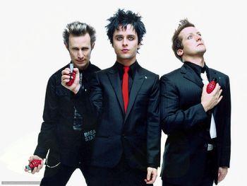 Eksplozivni koncert Green Day in Rancid 6.6.2017 v ljubljanskih Stožicah se hitro bliža!!!