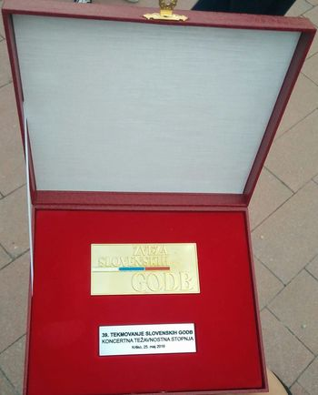 Zlata plaketa za Pihalni orkester Logatec na 39. državnem tekmovanju