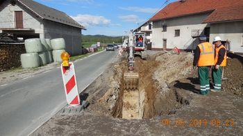 Rekonstrukcija ceste skozi Hotedršico - primer dobrega sodelovanja med občino in državo