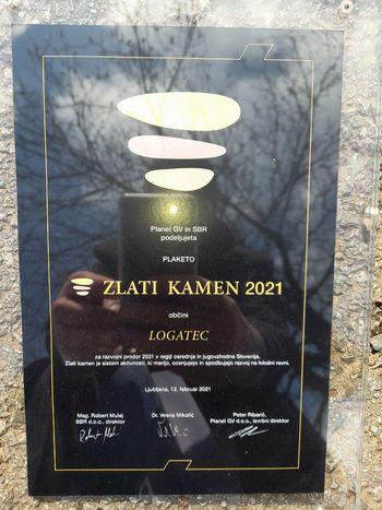 Deseti Zlati kamen gre v Novo Gorico – občini Logatec podeljena PLAKETA Zlati kamen 2021 za razvojni prodor 2021 v regiji osrednja in jugovzhodna Slovenija