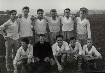 Podpeški nogometaši se v sezoni 1963/1964 prvič preizkusijo v ligaškem tekmovanju