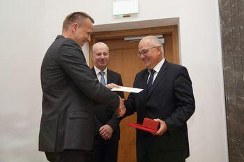 Ajdovski znanstvenik z Univerze v Novi Gorici prejemnik Preglove nagrade za izjemne dosežke
