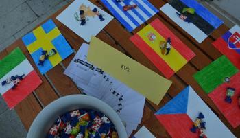 O strpnosti s prostovoljci iz Evrope