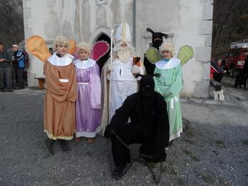 Miklavževanje pri cerkvi sv. Miklavža