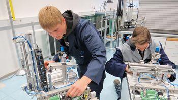 Občinske štipendije za strojnega tehnika in elektrotehnika