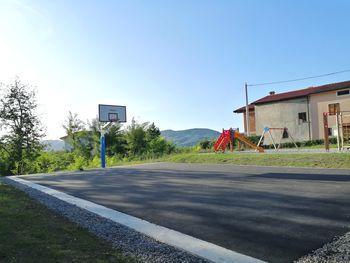 Športno igrišče v Potočah