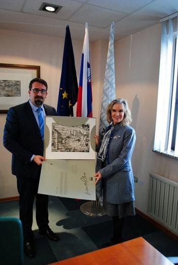 Ameriška veleposlanica na obisku