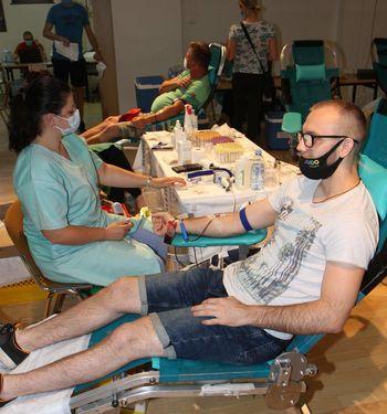 Trenutno jim v Transfuzijskem centru Splošne bolnišnice Celje primanjkuje krvi krvnih skupin 0 + in 0 -