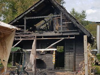 Pomoč Sebastjanu pri obnovi hiše