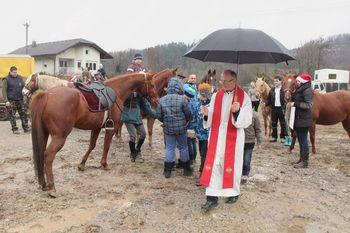 Tradicionalni blagoslov konj na Vrzdencu