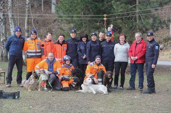 Čistilna akcija in prikaz delovanja civilne zaščite v občini Log -  Dragomer