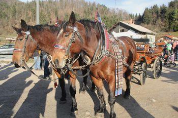 Blagoslov konj na Vrzdencu na sončno 'Štefanovo'