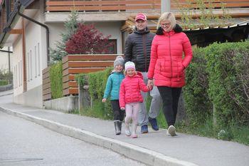 Poskrbimo za zdravje otrok in mladostnikov z redno aktivnostjo