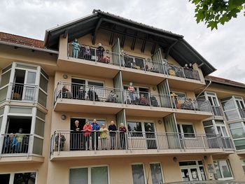 Poziv glasbenikom za ponovitev koncerta pod balkoni