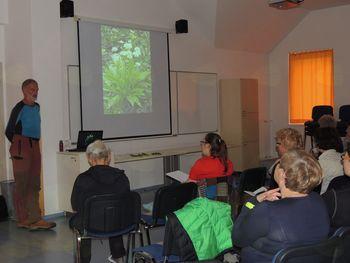 Dario Cortese in predavanje o užitnih rastlinah