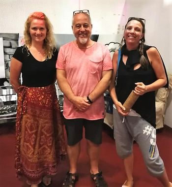 Lucija Vidic in Meta Vodnjov (KUD Kamot) na  mednarodnem izobraževanju v Kopru