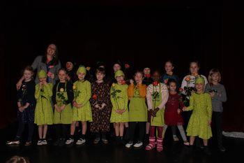 Gibalno-gledališka predstava Rojstvo male hruške