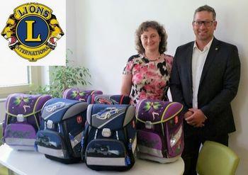 Šolske torbe za otroke iz socialno šibkejših družin