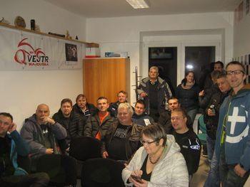 Moto klub v novi pisarni