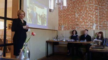 MOCIS Slovenj Gradec je organiziral vrhunski seminar s področja poslovnega protokola