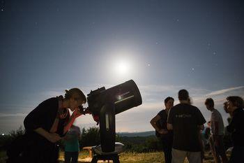 Astronomski večer na Cerju