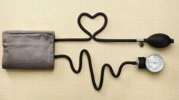 O krvnem sladkorju in merjenje krvnega tlaka z Andrejo Sintič