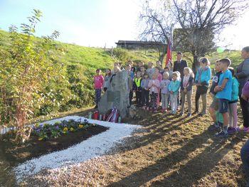 Komemoracija pri spomeniku padlima borcema XIV. divizije na Veliki Ravni