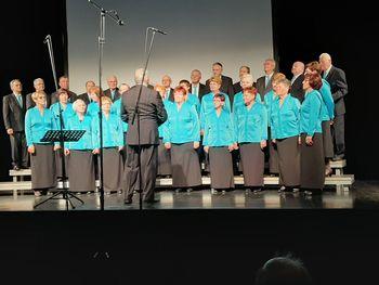 Komendčani uspešni na reviji pevskih zborov
