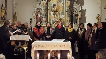 Božično-novoletni koncert v cerkvici Sv.Janeza Krstnika na Logu