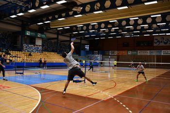 Rekordno število tekmovalcev na Božično novoletnem turnirju v badmintonu