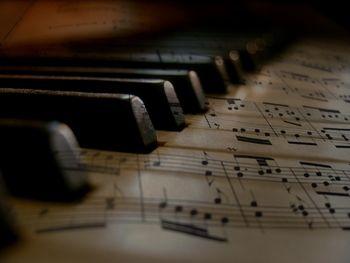 Spletni nastopi učencev Glasbene šole Logatec