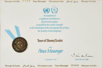 """Proslava ob dnevu OZN in 30-letnem jubileju prejetja naziva """"glasnik miru Združenih narodov"""""""