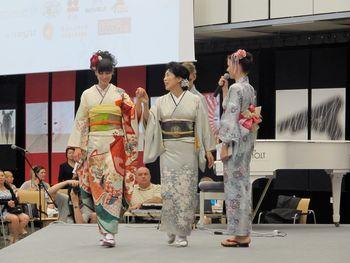 Predavanje o kimonu z Aiko Imaizumi