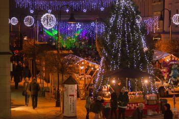Božično-novoletni sejem v mestnem jedru Slovenj Gradca