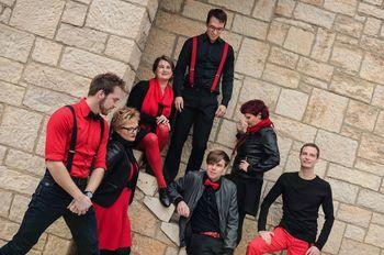 Koncert skupine Jazzva in prepevanje božičnih pesmi z Glasbenim centrom Sled