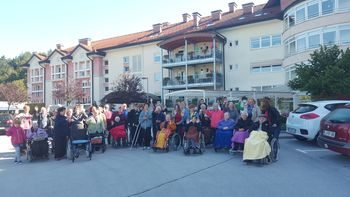 Sprehod za spomin v Logatcu