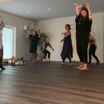 Plesna delavnica: Poklon grškim boginjam